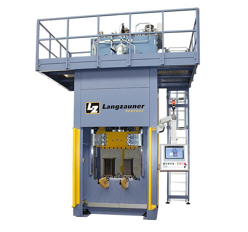 SMC Hydraulikpresse